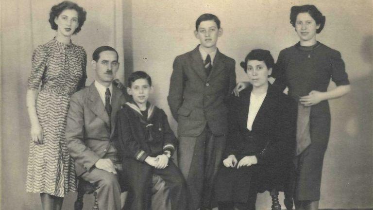 Holocausto-Judios-Nazismo-Segunda_Guerra_Mundial-Libros-Historia-Libros_381724293_117352865_1706x960